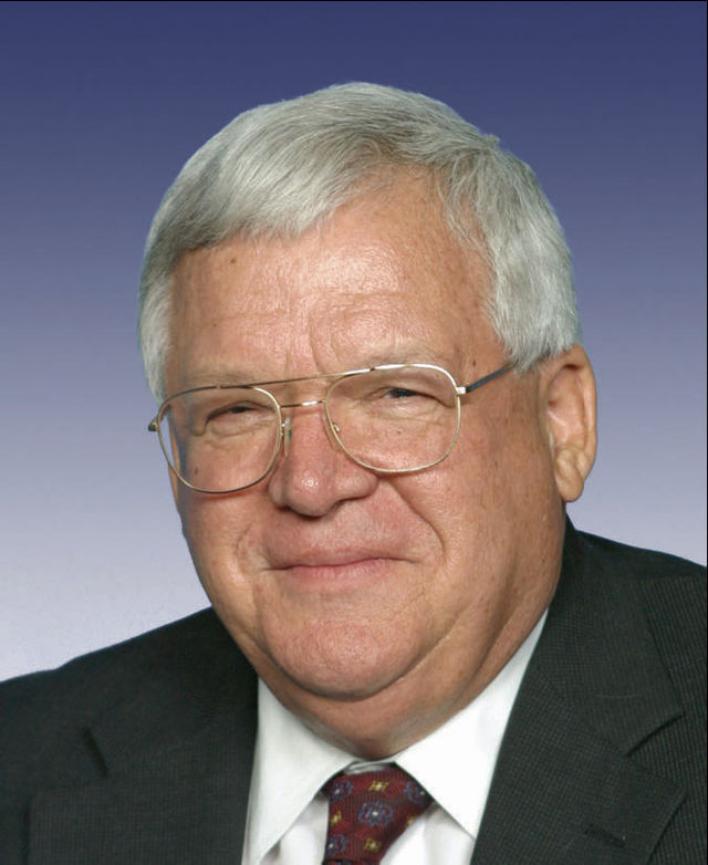 Former_Republican_Speaker_of_the_houes_Dennis_Hastert_2_1432873304113.jpg