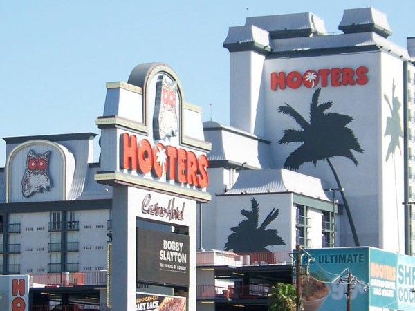 hooters_hotel_casino_700_1431378719059.jpg