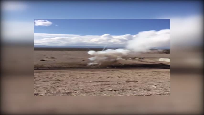 Cellphone video captures US Ecology explosion_20151023025405