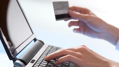 Cyber-Monday--online-shopping-jpg_20150901050802-159532