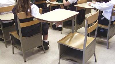 Education-school-students-desks-jpg_20150916153302-159532