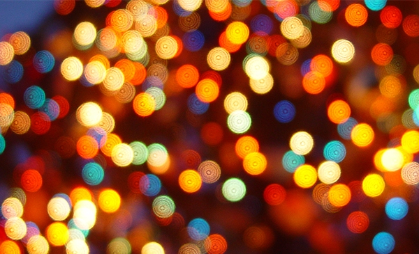 Christmas_lights_640_1480365426707.jpg