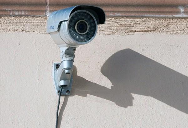 Surveillance_camera_700_1480627763318.jpg