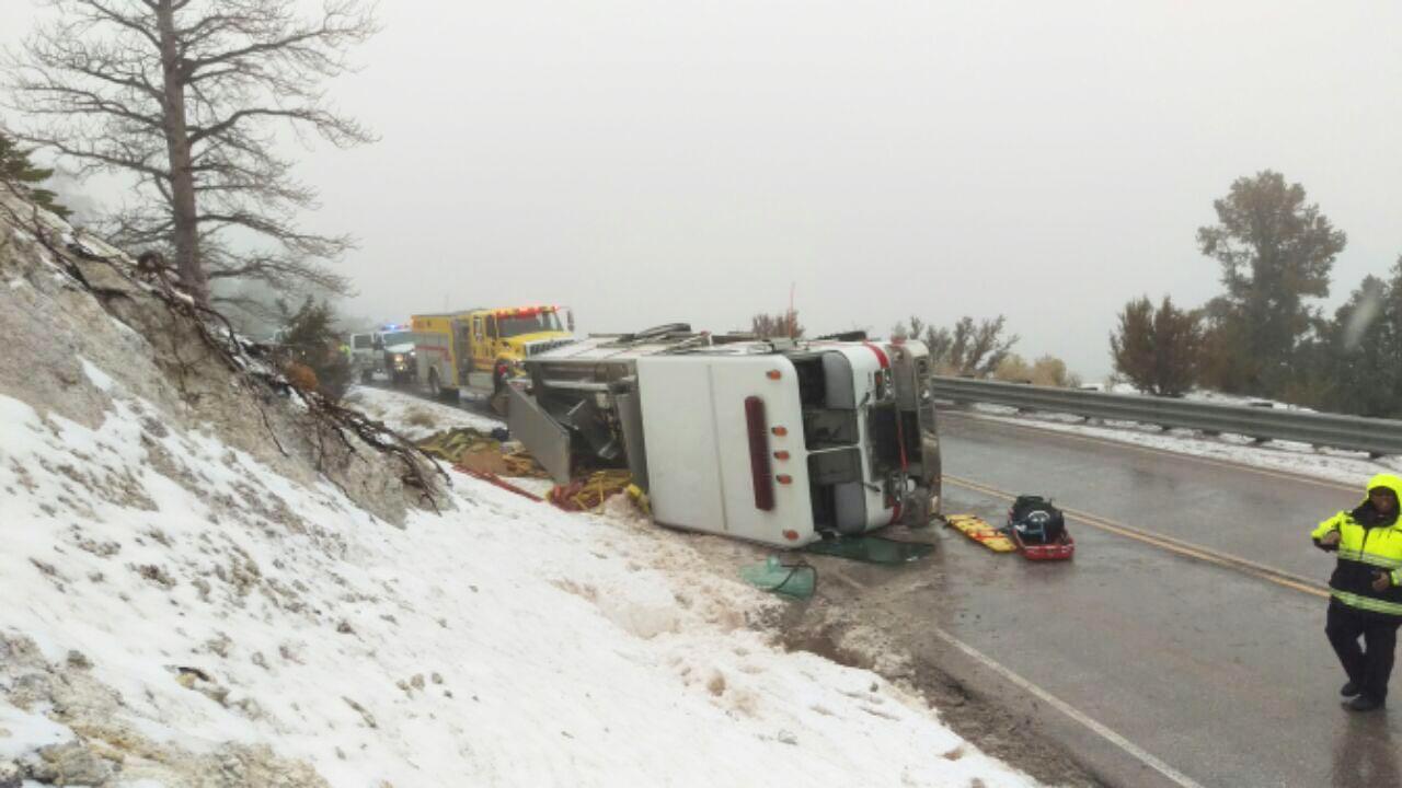 fire_truck_overturned_charleston_2_720_1486847648459.JPG