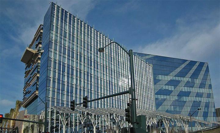 Las_vegas_city_hall_700_1504032425908.jpg