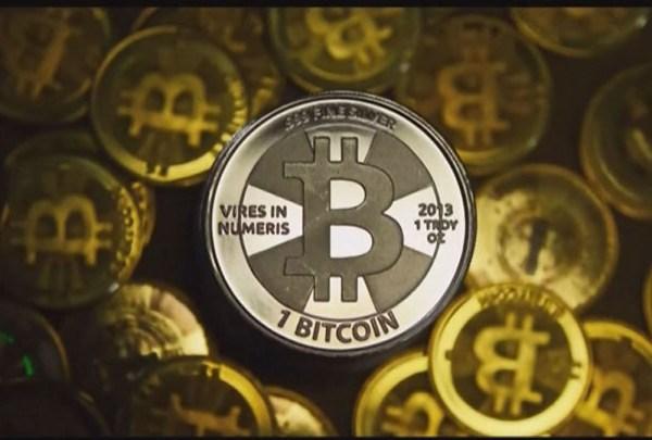 Bitcoin_700_1510614953129.jpg