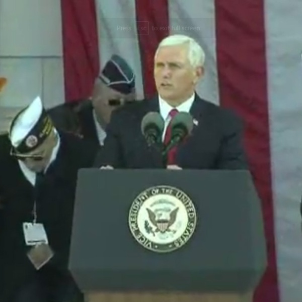 Mike Pence Arlington National Cemetery Veterans Day event_1510424116054-159532.jpg01141359