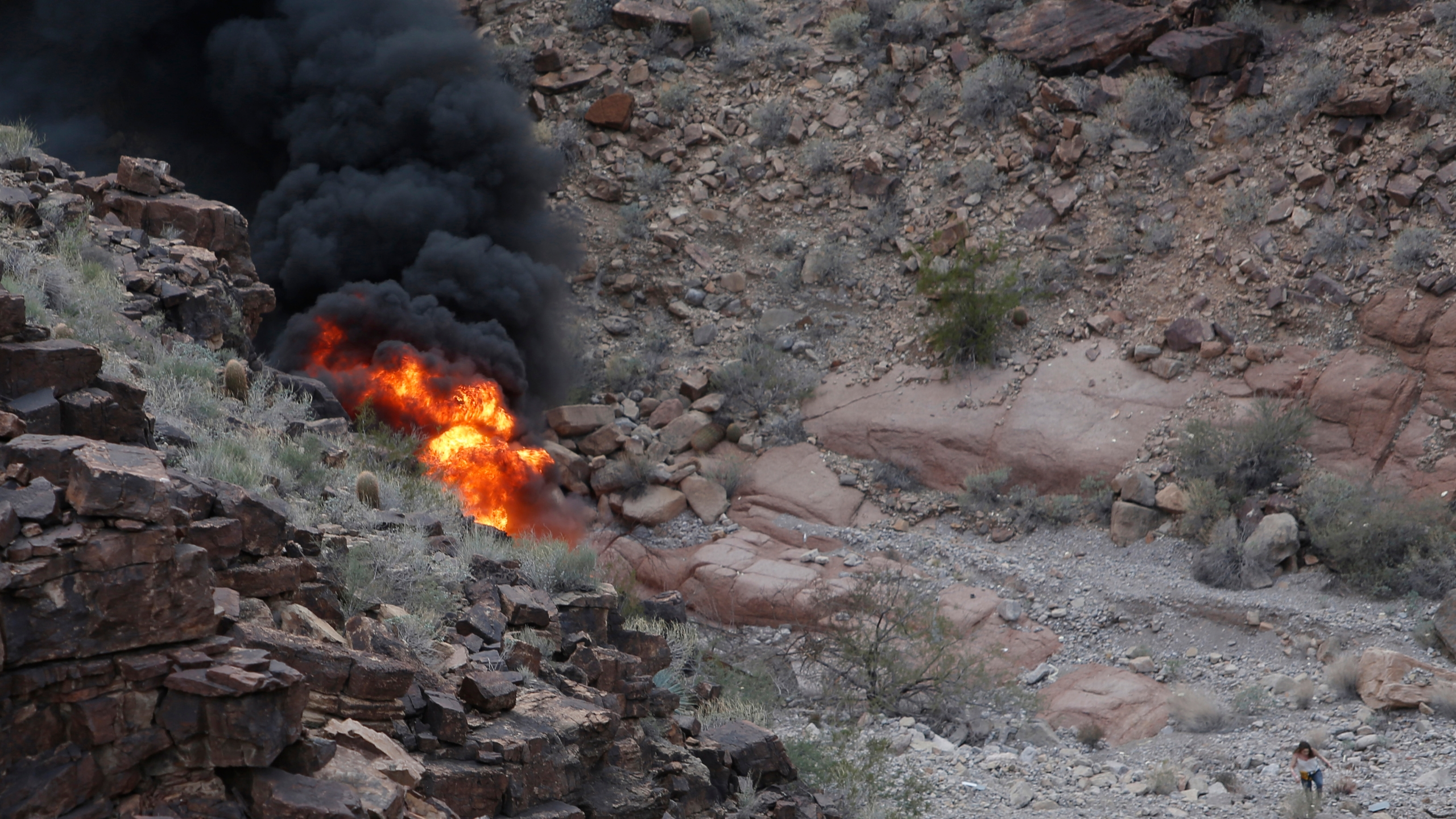 Grand_Canyon_Helicopter_Crash_43199-159532.jpg74512044