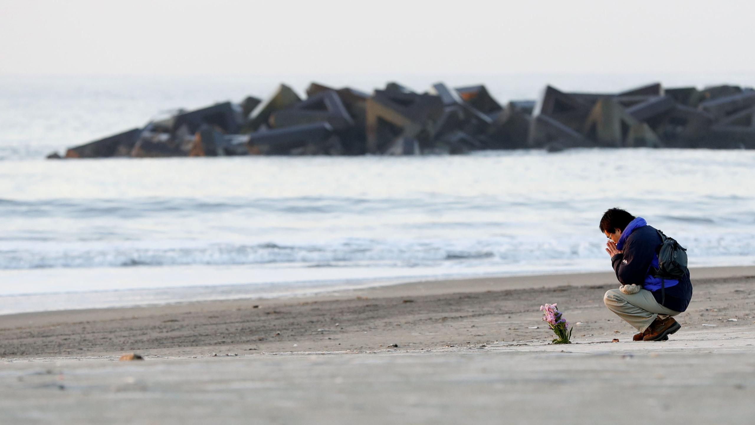 Japan_Tsunami_Anniversary_47345-159532.jpg11404413