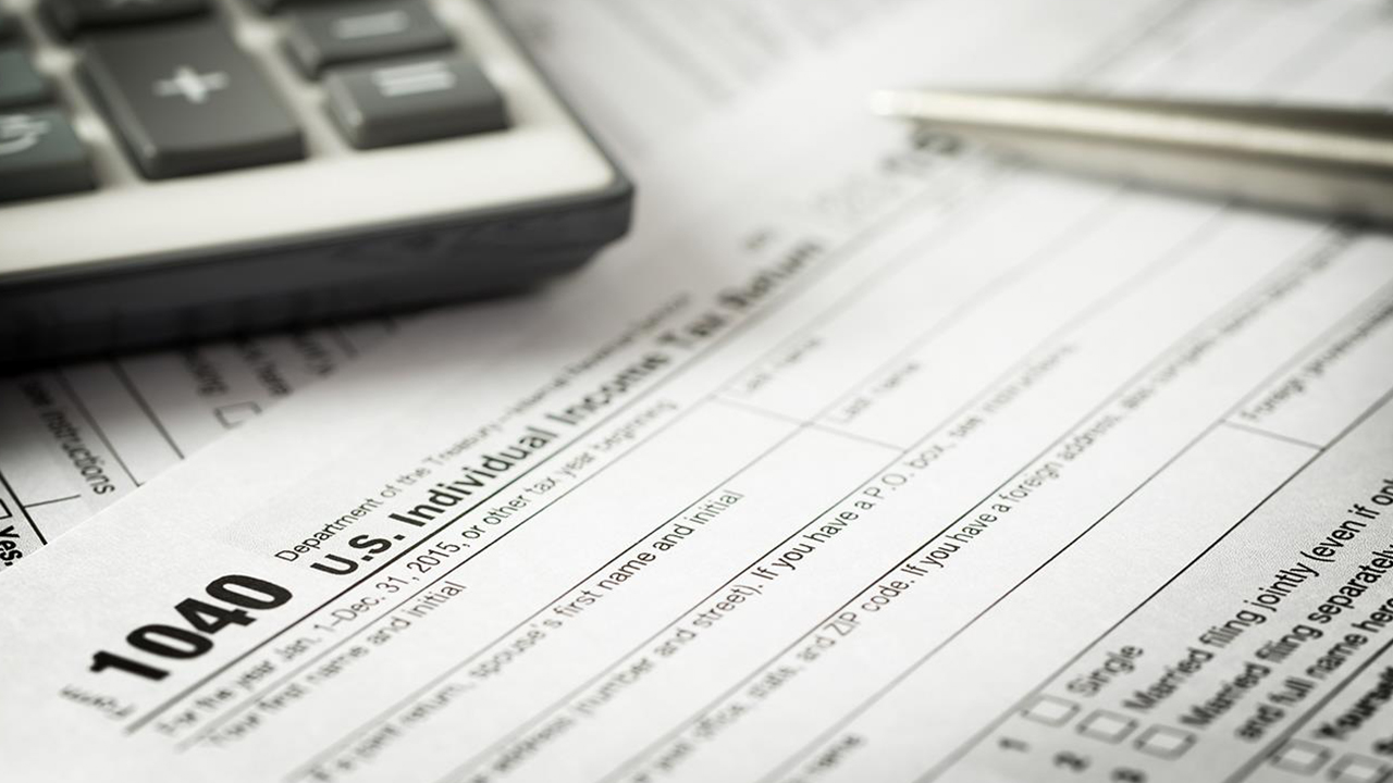 1040-tax-forms-taxation-tax-season-finance_1522866306509_357679_ver1_20180405054511-159532