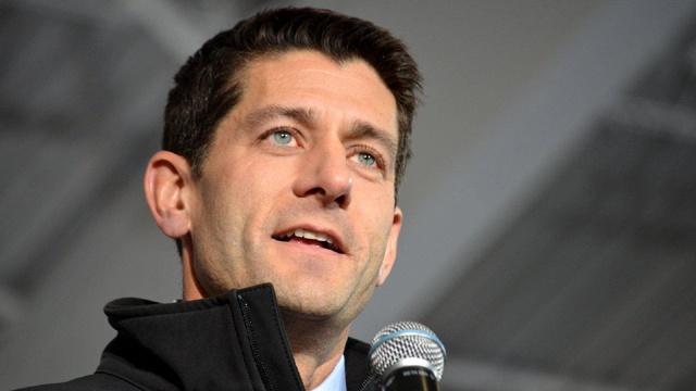Paul Ryan with microphone_3573767228309681-159532