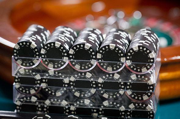 Gambling_poker_chips_Getty_Images_1535748605390.JPG