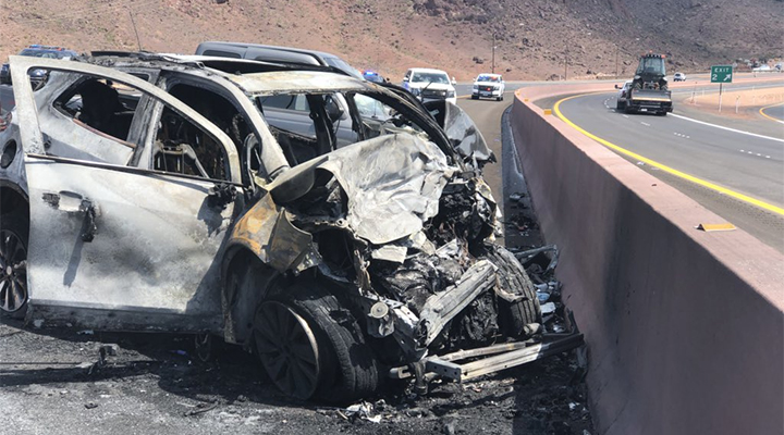 I-11_fatal_crash_3_700_1534370201355.jpg