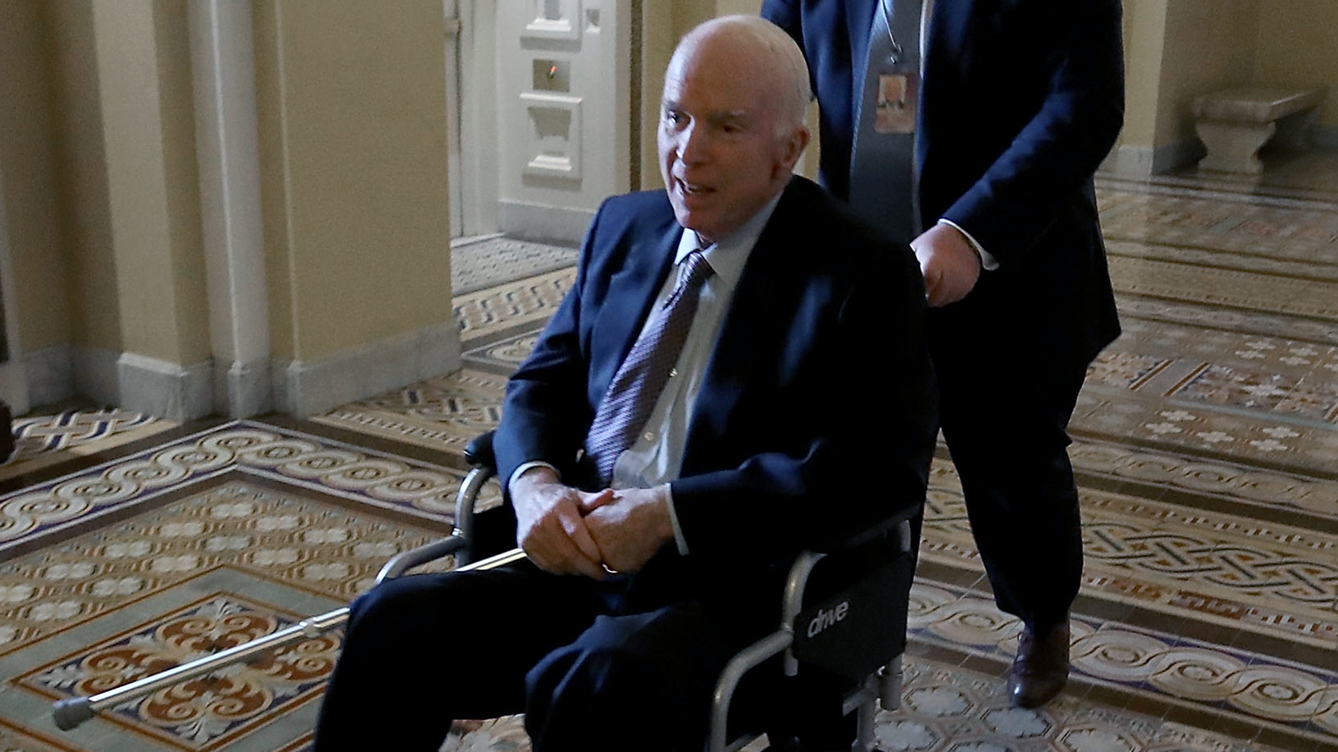 John McCain Nov 30 2017-159532.jpg08785172