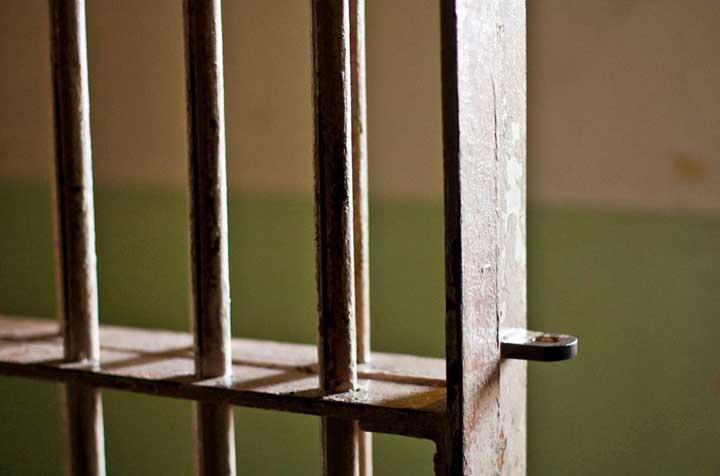 jail_bars_generic_1516935772516.JPG