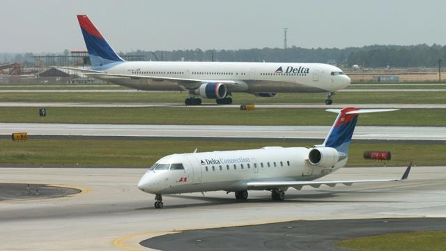 Delta Airlines jet, airplane_2045130431574213-159532