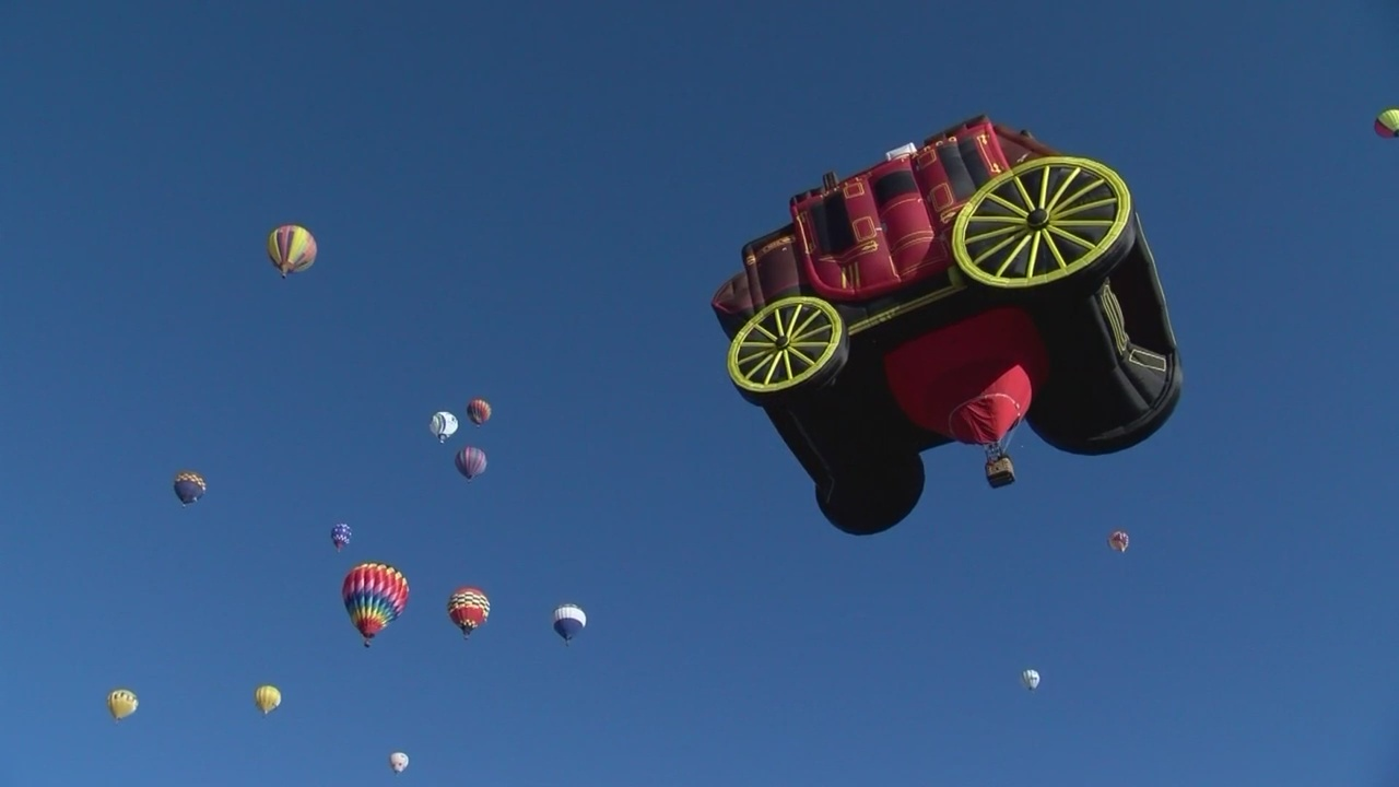 2018_Balloon_Fiesta_welcomes_567_balloon_0_20181001222325-846624080