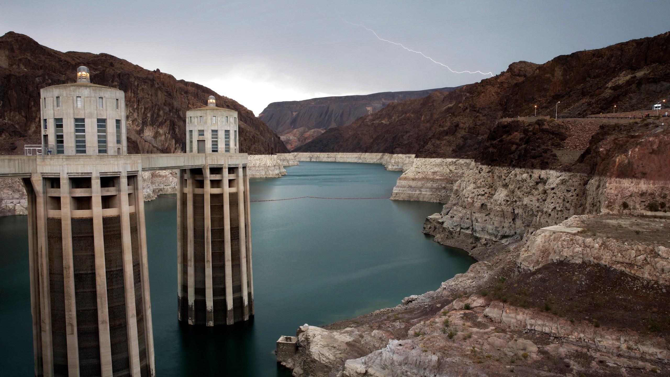 Colorado_River_Water_Drought_17077-159532.jpg69730706