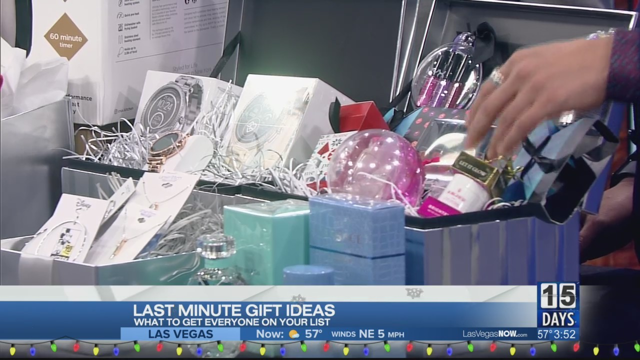 Last minute gift ideas with Macy's