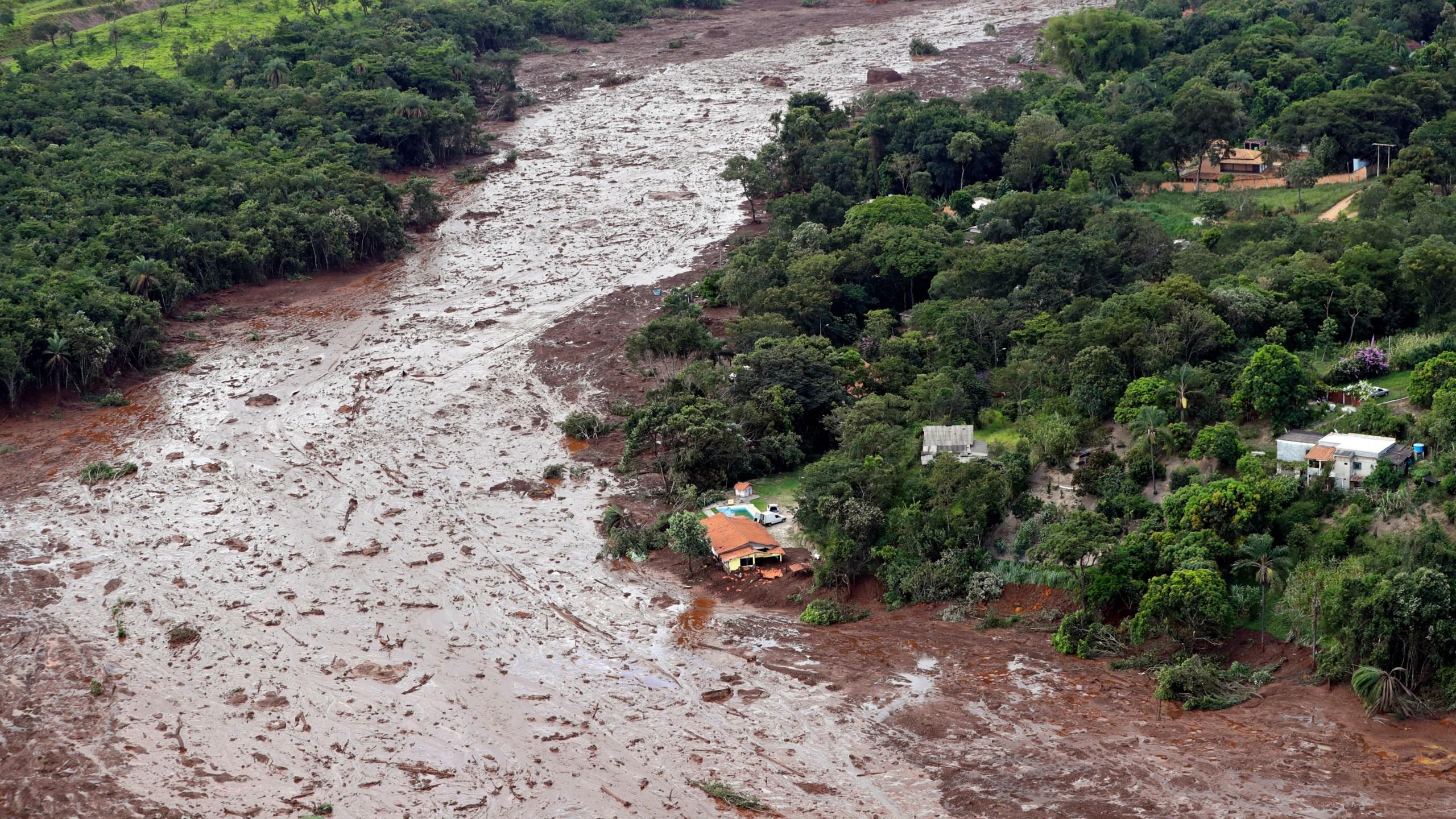 Brazil_Dam_Collapse_77175-159532.jpg13826534