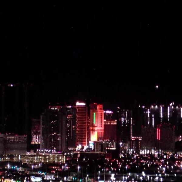 Las Vegas Strip goes dark to commemorate Earth Hour