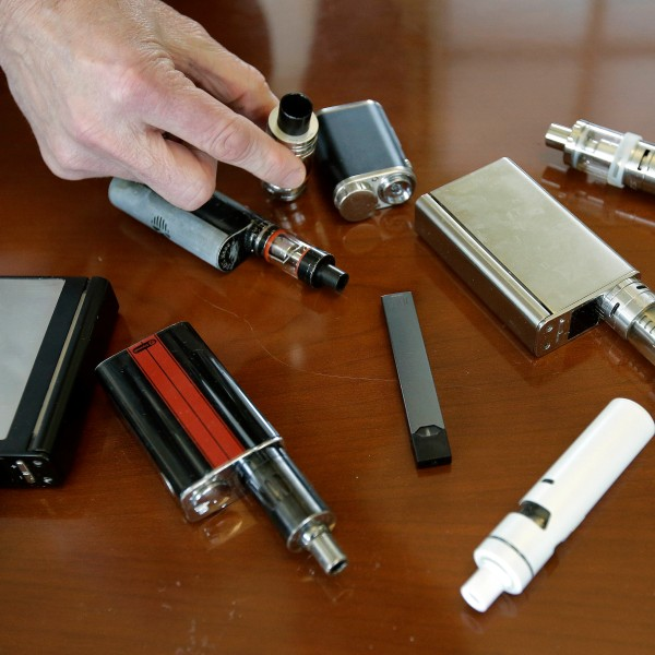New_York-E-Cigarettes_82108-159532.jpg45268573