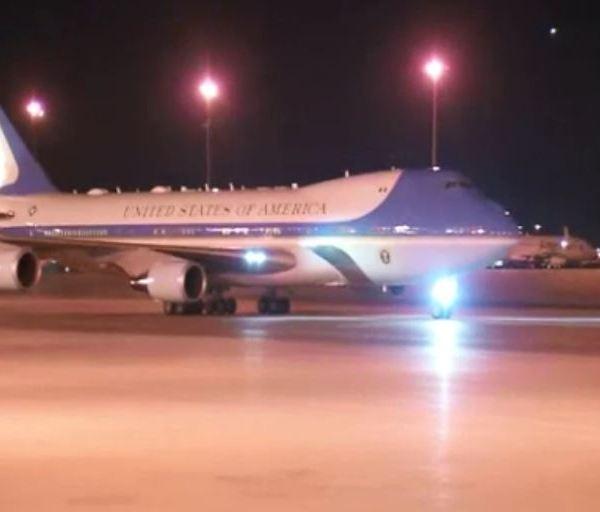 Air_Force_One_McCarran_Airport_1554531626820.JPG