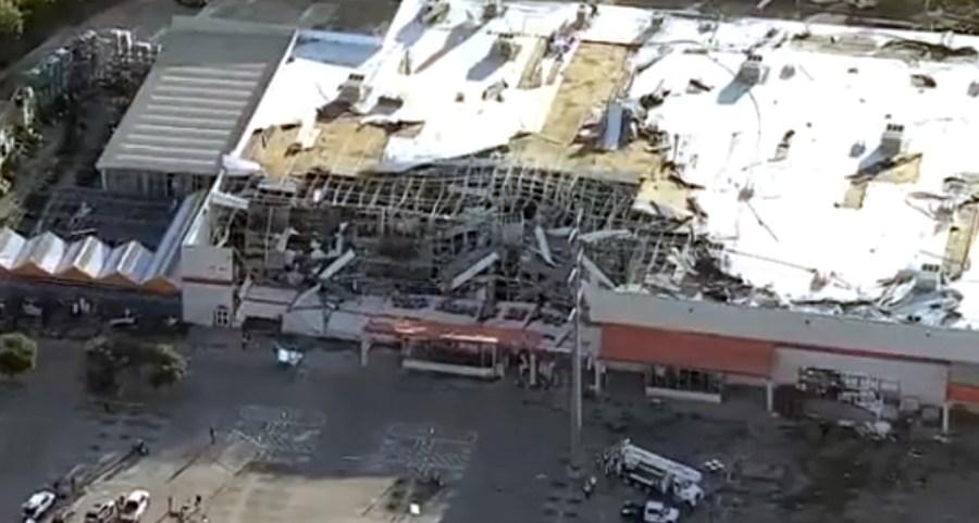 Tornado tears through Dallas leaving a path of destruction ...