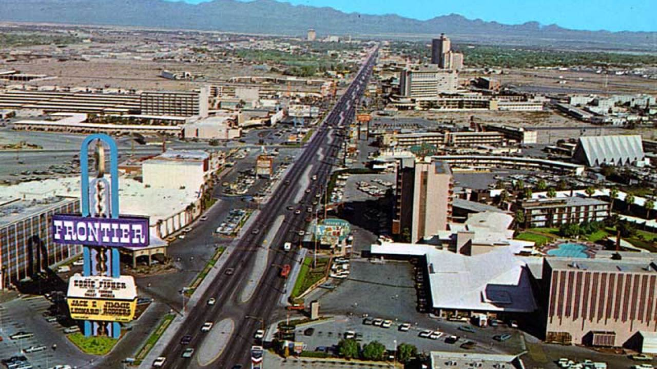 Calling for photos that show Las Vegas in the 1960s through 1990s