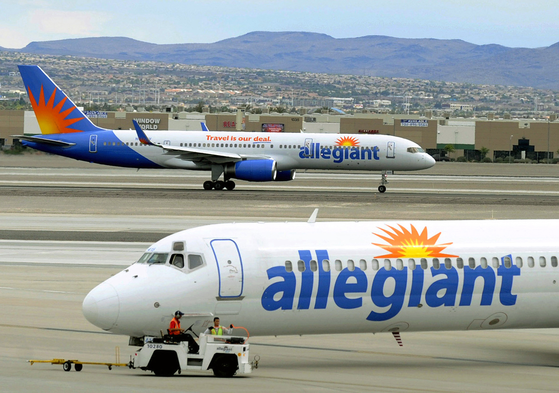 Allegiant Air to reduce flight schedule 'significantly' amid coronavirus  outbreak | KLAS