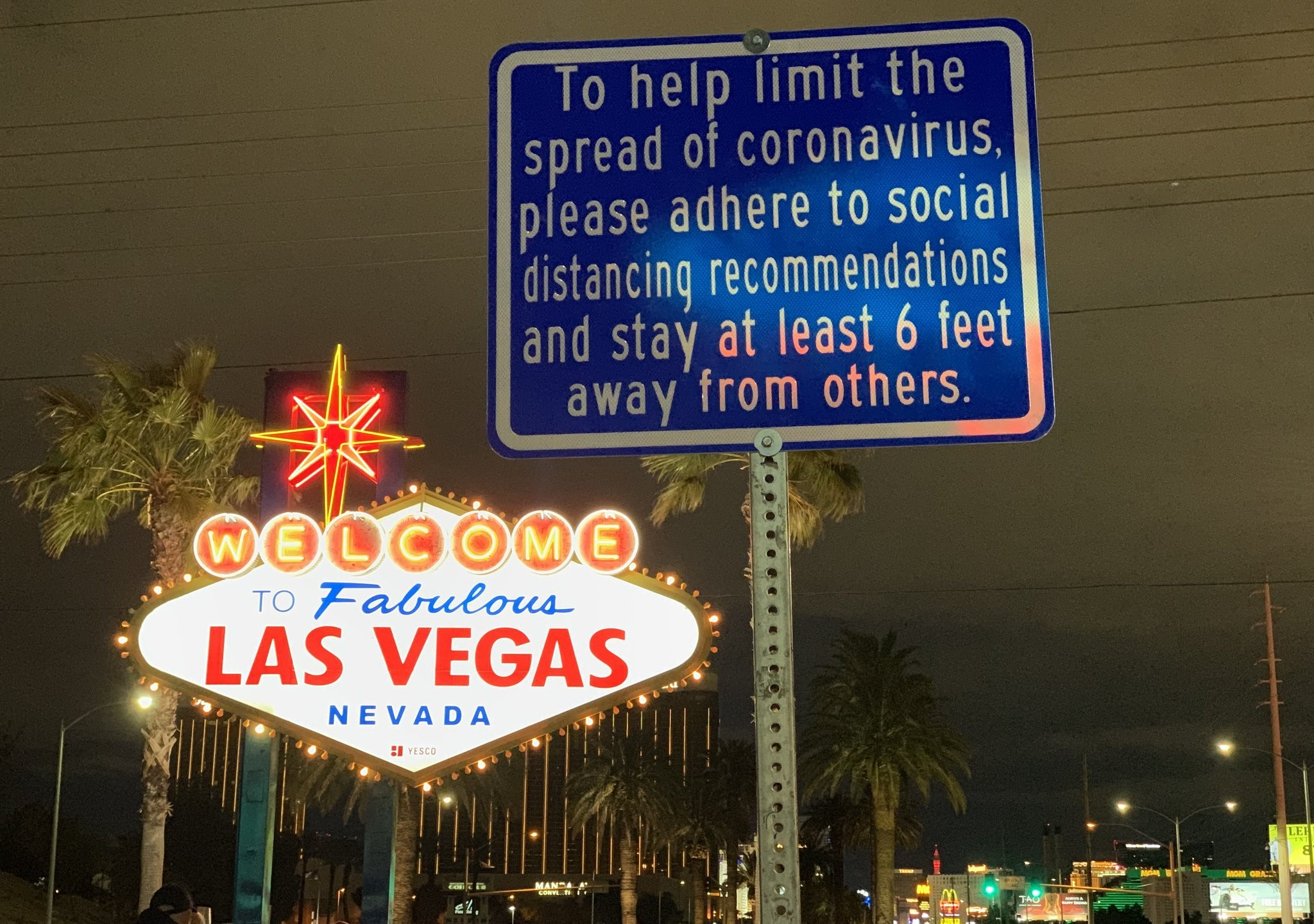 Tourism Hospitality Workers Will Light Up Las Vegas In Car Parade Down The Strip Klas