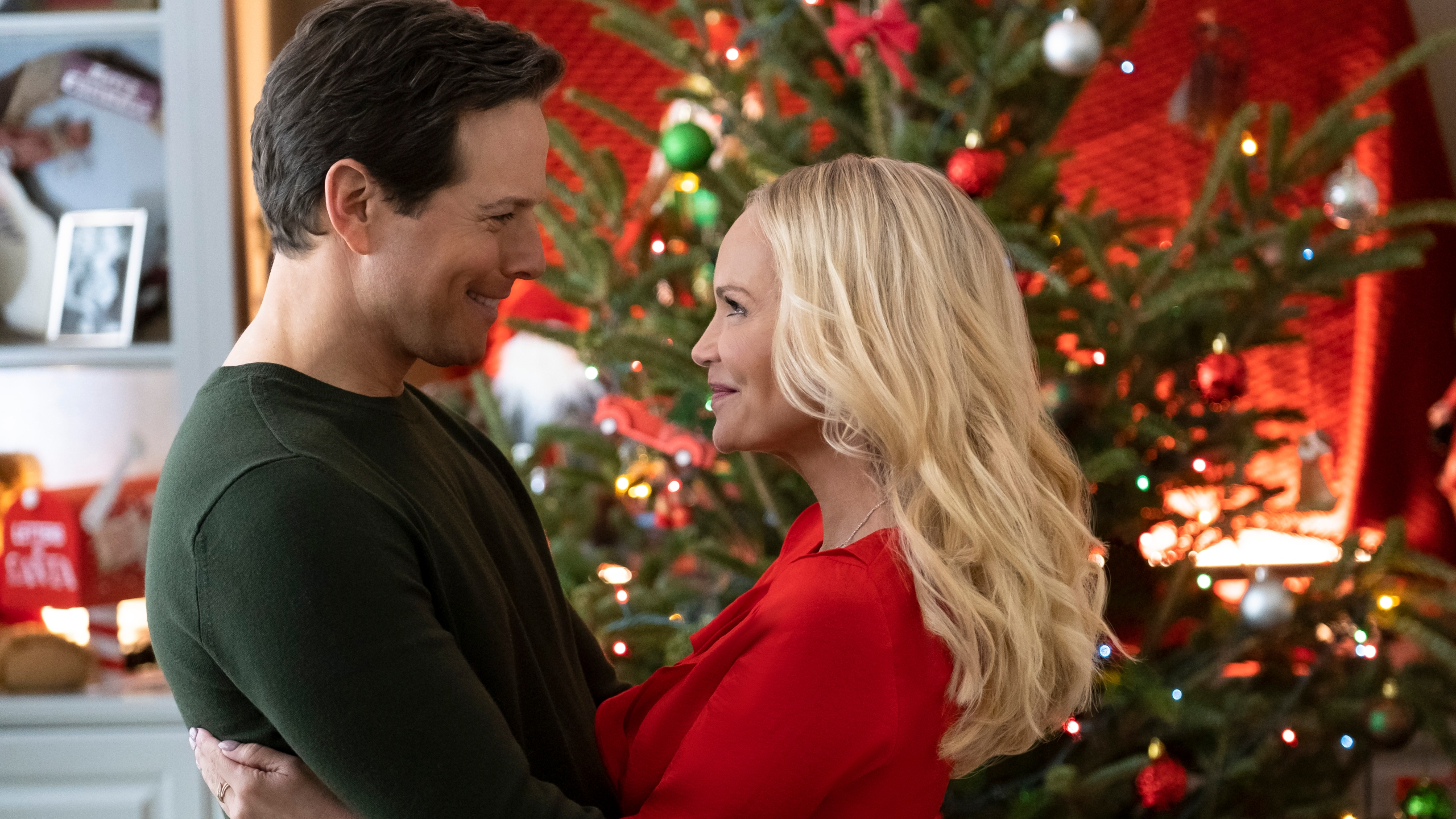 Christmas Day Line Up 2020 Hallmark brings back popular holiday movie special, announces