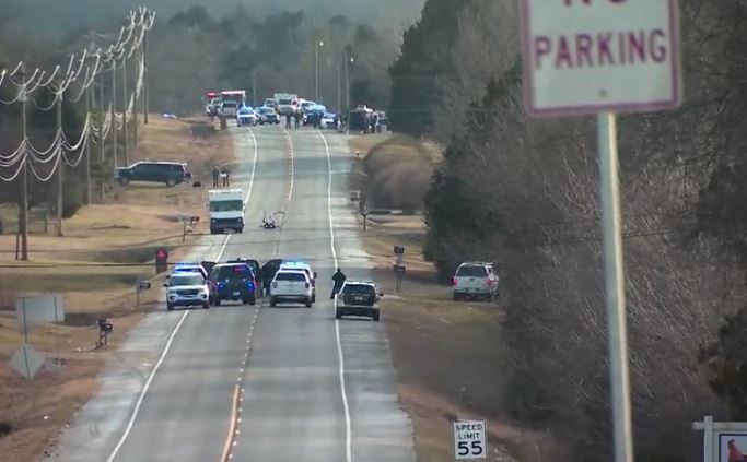UPDATE: No explosives found in suspicious vehicle on Tennessee road