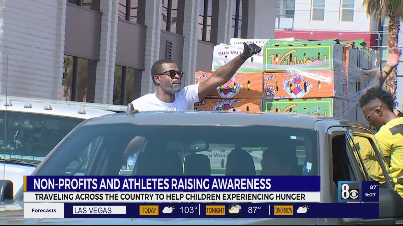 Former NBA player hosts community food drive in Las Vegas